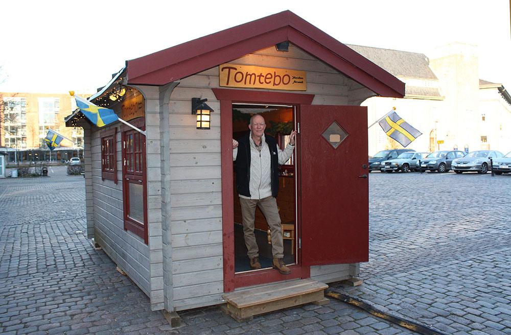 Tomtebo på Lilla Torg i Halmstad - Yourstone Keramik