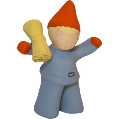 Tomtepojke med kärve tillhörande Tomtefamiljen från Yourstone Keramik